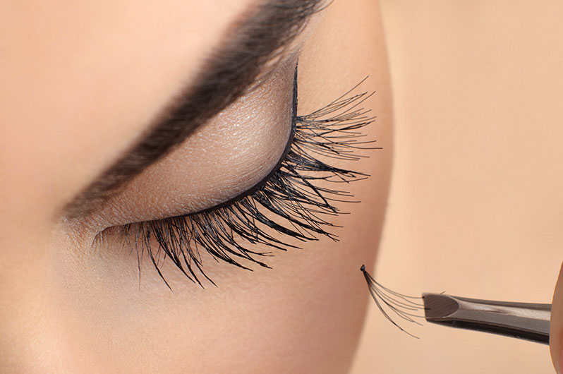Ivonne's Total Beauty Salon Eyelash Extensions