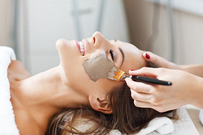 Ivonne's Total Beauty Salon Facial Services